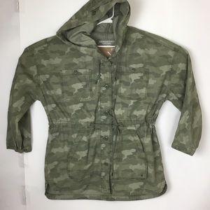 American Eagle 2x camo military jacket parka